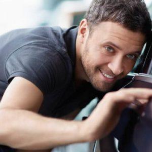 5 cuidados com carro que devem ser realizados mensalmente